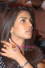 Priyanka Chopra at Multispeciality Medical Camp in Kasturi Polyclinic, Andheri, Mumbai on 13th December 2008 (22).JPG