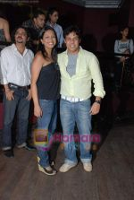 Sachin Sharma, Urvashi Gandhi at Sandip Soparkar_ s students showcase in Enigma on 20th December 2008 (54).JPG