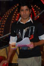Farhan Akhtar on the sets of Farhan Akhtar_s Oye its Friday in Yash Raj Studios on 25th December 2008 (7).JPG