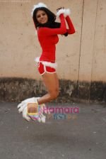 Sherlyn Chopra spends Christmas with kids in Bombay Central on 25th December 2008 (27).JPG