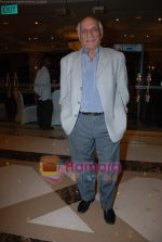 Yash Chopra at the V Shantaram Award Ceremony in JW Marriott on 26th Dec 2008 (3).JPG