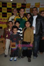 Aamir Khan on the sets of Radio Mirchi 98.3 FM in Mahalaxmi on 27th December 2008 (61).JPG