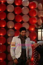 Yuvraj Singh at a promotional event for sony_s new comedy circus _Chinchpokali to China_ in Mohan Studios on 28th December 2008 (17).JPG