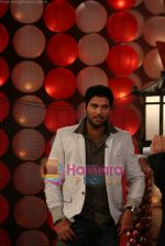 Yuvraj Singh at a promotional event for sony_s new comedy circus _Chinchpokali to China_ in Mohan Studios on 28th December 2008 (22).JPG