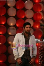 Yuvraj Singh at a promotional event for sony_s new comedy circus _Chinchpokali to China_ in Mohan Studios on 28th December 2008 (30).JPG