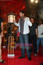 Yuvraj Singh at a promotional event for sony_s new comedy circus _Chinchpokali to China_ in Mohan Studios on 28th December 2008 (40).JPG