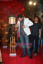 Yuvraj Singh at a promotional event for sony_s new comedy circus _Chinchpokali to China_ in Mohan Studios on 28th December 2008 (42).JPG