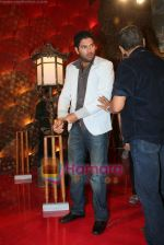 Yuvraj Singh at a promotional event for sony_s new comedy circus _Chinchpokali to China_ in Mohan Studios on 28th December 2008 (43).JPG