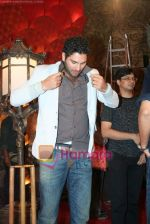 Yuvraj Singh at a promotional event for sony_s new comedy circus _Chinchpokali to China_ in Mohan Studios on 28th December 2008 (45).JPG