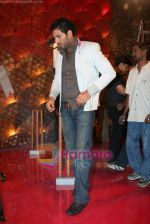 Yuvraj Singh at a promotional event for sony_s new comedy circus _Chinchpokali to China_ in Mohan Studios on 28th December 2008 (47).JPG