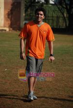 Mohit Suri at the event to promote football training at Jamnabhai  grounds in juhu on 29th December 2008 (19).JPG