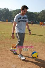 Mohit Suri at the event to promote football training at Jamnabhai  grounds in juhu on 29th December 2008 (3).JPG