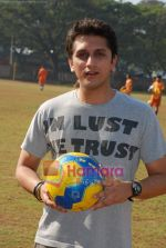 Mohit Suri at the event to promote football training at Jamnabhai  grounds in juhu on 29th December 2008 (7).JPG