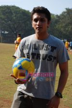 Mohit Suri at the event to promote football training at Jamnabhai  grounds in juhu on 29th December 2008 (9).JPG