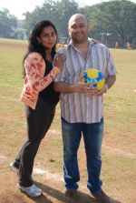 Raju Singh and wife Sherley Singh at the event to promote football training at Jamnabhai  grounds in juhu on 29th December 2008 (3).JPG