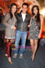 Asin Thottumkal, Aamir Khan, Jiah Khan at Ghajini success bash in Taj land_s End on 30th December 2008 (8).JPG