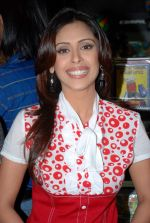 Hrishita Bhatt at the Audio release of Aasma - The Sky Is The Limit in Planet M on 30th December 2008 (62).JPG