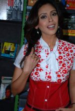 Hrishita Bhatt at the Audio release of Aasma - The Sky Is The Limit in Planet M on 30th December 2008 (9).JPG