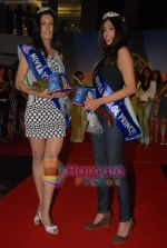 at Nivea Femina Miss India wild entry round in Inorbit Mall on 11th Jan 2009 (97).JPG