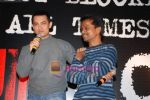 Aamir Khan, A.R. Murugadoss at Ghajini success bash in J W Marriott on 12th Jan 2009 (4).JPG