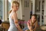 Elizabeth Banks, Arielle Kebbel in still from the movie The Uninvited.jpg