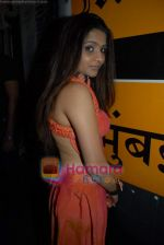 at Manish Chaturvedi_s bikini calendar launch for Toss Vodka Premix in Mumbai Times Cafe on 22nd Jan 2009 (129).JPG