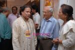 Anup Jalota at Art Desh gallery_s anniversary on 30th Jan 2009 (25).JPG