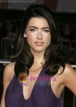 Jacqueline MacInnes Wood arrives at the Los Angeles Premiere of the movie He_s Just Not That Into You at Grauman_s Chinese Theatre on February 2, 2009 in Los Angeles, California (2).jpg