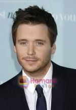 Kevin Connolly arrives at the Los Angeles Premiere of the movie He_s Just Not That Into You at Grauman_s Chinese Theatre on February 2, 2009 in Los Angeles, California.jpg