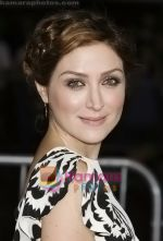 Sasha Alexander arrives at the Los Angeles Premiere of the movie He_s Just Not That Into You at Grauman_s Chinese Theatre on February 2, 2009 in Los Angeles, California.jpg