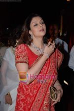 Nagma at Bharat Shah_s son wedding in Turf Club on 5th Feb 2009 (8).JPG