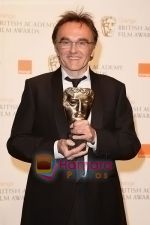 Danny-Boyle-poses-at-the-winner_s-board-at-The-Orange-British-Academy-Film-Awards-held-at-the-Royal-Opera-House-on-February-8,-2009-in-London,-England.jpg