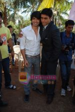 Karan Singh Grover, Mohnish Behl at Dill Mill Gaye on location in Madh on 13th Feb 2009.JPG
