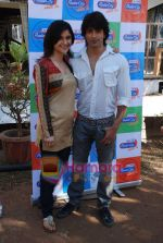 Muskaan Mehani, Karan Singh Grover at Dill Mill Gaye on location in Madh on 13th Feb 2009 (4).JPG