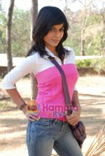 Sunaina Gulia at Dill Mill Gaye on location in Madh on 13th Feb 2009 (3).JPG