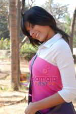 Sunaina Gulia at Dill Mill Gaye on location in Madh on 13th Feb 2009 (8).JPG
