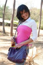 Sunaina Gulia at Dill Mill Gaye on location in Madh on 13th Feb 2009 (45).JPG