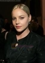 Abbie Cornish at the 4th Annual OSCAR WILDE - HONORING THE IRISH FILM Awards held at The Ebell Club on February 19, 2009 in Los Angeles, California (3).jpg