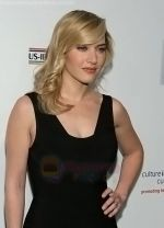Kate Winslet at the 4th Annual OSCAR WILDE - HONORING THE IRISH FILM Awards held at The Ebell Club on February 19, 2009 in Los Angeles, California (5).jpg