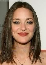 Marion Cotillard at the 4th Annual OSCAR WILDE - HONORING THE IRISH FILM Awards held at The Ebell Club on February 19, 2009 in Los Angeles, California (3).jpg