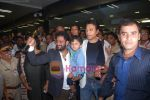 Rasool Pookutty & Irrfan Khan receive a rousing welcome in International Airport, Mumbai on 25th Feb 2009 (7).JPG