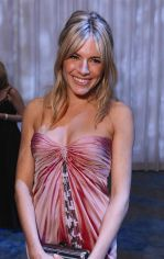 Sienna Miller at the _Montblanc Signature for Good_ Charity Initiative Gala on 20th Feb 2009.jpg