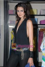 at Murjani Groups Spring Summer showcase for top brands in Vama, Peddar Road on 27th Feb 2009 (87).JPG