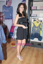 at Murjani Groups Spring Summer showcase for top brands in Vama, Peddar Road on 27th Feb 2009 (89).JPG