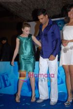 Kylie Minogue, Akshay Kumar, Lara Dutta at the Press Conference of the film Blue in Rennaissance Hotel, Powai on 6th March 2009 (2).JPG