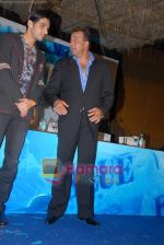 Zayed Khan, Sanjay Dutt at the Press Conference of the film Blue in Rennaissance Hotel, Powai on 6th March 2009 (2).JPG