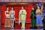 Sanobar Kabir, Helen, Shamayal and Sambhavna at the Dancing Queen grand finale on Colors on 7th March 2009 (2).JPG