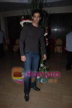 Muzammil Ebrahim at Anand Raj Anand_s wedding anniversary bash on 8th March 2009 (Large) (2).JPG