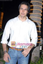 Rajneesh duggal at the completion party of film Tina Ki Chabi in Sun N Sand on 20th March 2009 (3).JPG