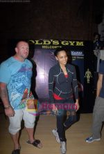 Bipasha Basu, Dorian Yates at Gold Gym event in Bandra on 23rd March 2009 (4).JPG